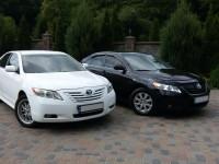 Оренда автомобілів Toyota Camry з водіями