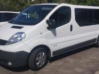 Заказ микроавтобуса Renault Trafic с водителем в Харькове