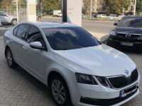 Аренда авто Skoda Octavia A7 2017 с водителем Харьков