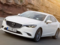 Оренда Mazda 6 2019 року з водієм Чернівці