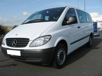 Пассажирские перевозки по Украине на автомобиле Мерседес -Вито 8+1мест