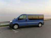 Оренда мікроавтобуса Opel Vivaro з водієм Черкаси