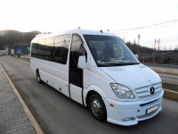 Пасажирські перевезення автобусами Мерседес 22 місця 11 грн.км Біла Церква