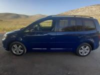 Пассажирские перевозки комфортабельным минивэном Volkswagen Touran, 4 пас. места с вместительным багажником  г. Краматорск