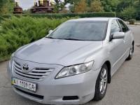 Аренда Тойота Камри с водителем в Киеве