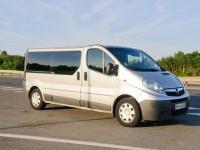 Мікроавтобус з відповідальним фаховим водієм